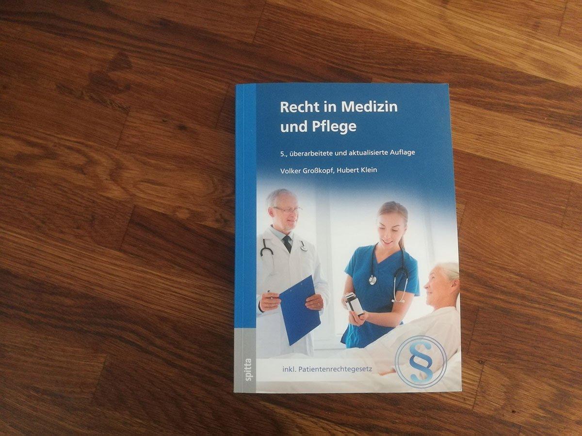 Buchcover Recht in Medizin und Pflege